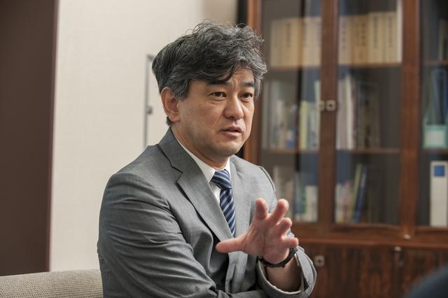 北海道大学 川端先生