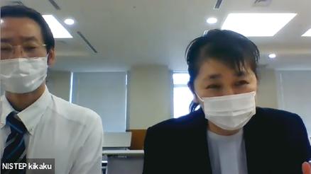 オンラインインタビュー中写真左:恐神 貴行氏。右:NISTEP佐藤、鎌田(科学技術・学術政策研究所 (NISTEP)撮影)