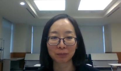 オンラインでのインタビューの様子 上段は佐野 幸恵 氏、下段は星野(左)、小野(右)(NISTEP撮影)